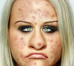 UglyBooth 2.0 دانلود نرم افزار زشت کردن چهره